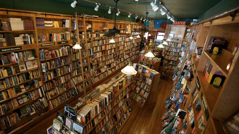 Between The Covers Bookstore - Telluride Colorado