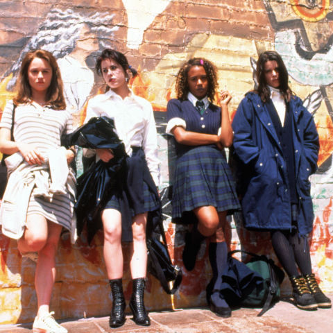 18) THE CRAFT All Black Everything + Gothic Makeup = Sarah Bailey
